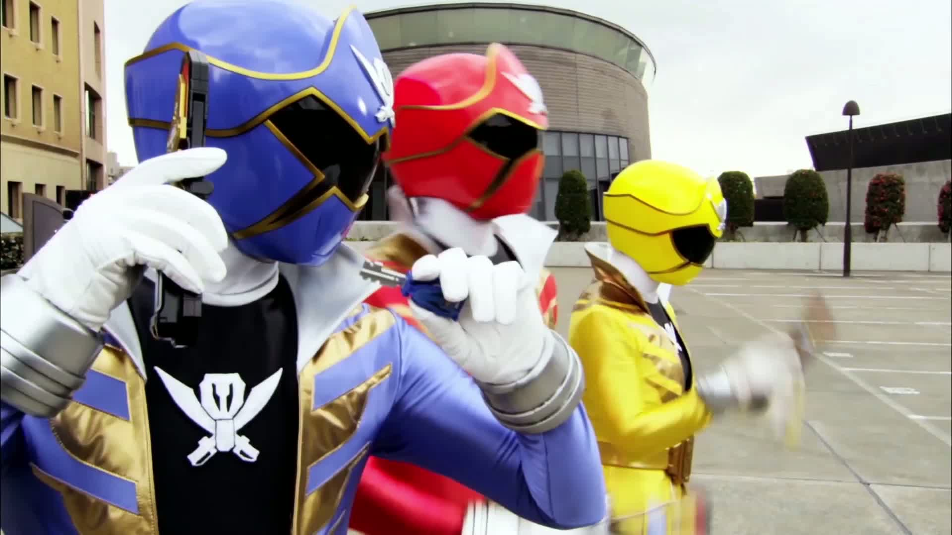 Trailer | Power Rangers Super Megaforce